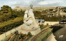 CPSM  SAINT-BRIEUC  -  Monument Anatole Le Braz - Saint-Brieuc