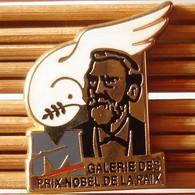 Joli Pin's Colombe, Galerie Des Prix Nobel De La Paix, Zamac, TBQ, Pins Pin. - Animali