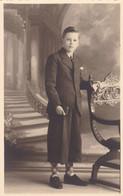 Portrait Of Young Fashionable Dressed Boy, Jeune Garçon Carte Photo (pk82022) - Men