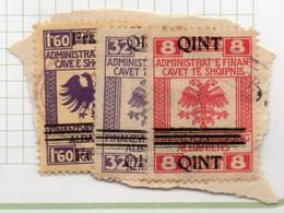 12CRT122 - ALBANIA  , Fiscale Soprastampato Usato : 3 Esemplari Su Frammentino - Albania