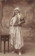 Algérie - Femme Européenne En Costume De Mauresque - CARTE PHOTO - Ed. Inconnu - Vrouwen