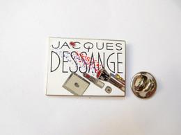 Superbe Pin's Pins En EGF , Produits De Beauté , Jacques Dessange , Signé Démons & Merveilles - Profumi