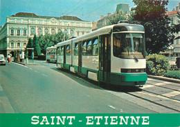 CPSM SAINT ETIENNE - Le Tramway Et La Place De L'Hôtel De Ville   L667 - Saint Etienne