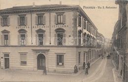 CARTOLINA PIACENZA - VIA S. ANTONINO - ANIMATA - PRIMI '900 - W51 - Piacenza