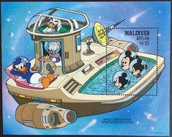Maldives 1988 Disney Space Exploration Minisheet MNH - Maldiven (1965-...)