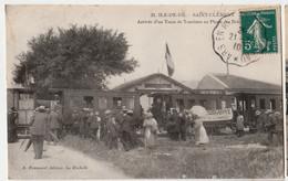 [17] Charente Maritime > Ile De Ré CPA  RARE /ARRIVEE D'UN TRAIN DE TOURISTES// CIRCULEE 1910 ANIMEE - Ile De Ré