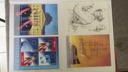 U15 Collection De Timbres Et Blocs ** De Différents Pays Dont 2 Séries PA ** Uruguay Cote 300 Euros  !!! - Verzamelingen (in Albums)