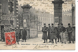 55 - SAINT MIHIEL - Entrée Du 150e Régiment D'Infanterie  (Animée, Beau Plan) - Saint Mihiel