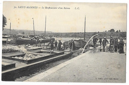 Cpa. 77 SAINT MAMMES (ar. Melun) Renflouement D'un Bateau (Péniches) 1918  Ed. L.C.  N° 70 - Saint Mammes