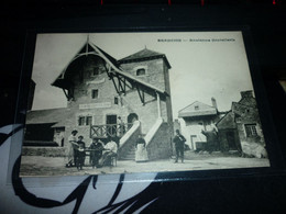 Carte Postale  Hautes Alpes Briançon Ancienne Hostellerie Animée - Briancon