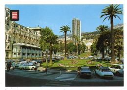 43571-ZE-PRINCIPAUTE DE MONACO-Vue De L' Hôtel De Paris Et Des Jardins Depuis L'entrée Du Casino----------------voitures - Bars & Restaurants