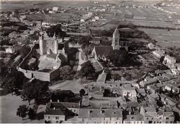85.AM11047.Noirmoutier.Le Château Et L'Eglise.Edit Artaud.2.CPSM 15x10 Cm - Noirmoutier