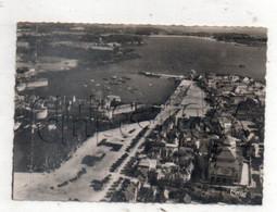 Concarneau (29) :Vue Générale Aérienne Du Quartier Des Quais Jusqu'à L'entrée Du Port En 1950 (ETAT) GF. - Concarneau