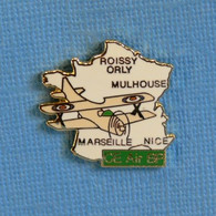 1 PIN'S //  ** CE AIR BP / ROISSY / ORLY / MARSEILLE / NICE / MULHOUSE / SERVICE AVIATION ** . (A.B.). - Aerei