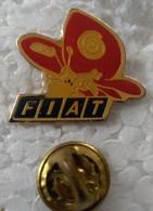 Pin's - Automobiles - Fiat - Papillon - - Fiat
