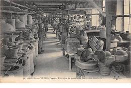 18 - N°110923 - Mehun-sur-Yèvre - Frabrique De Porcelaine - Atelier Des Mouleurs - Mehun-sur-Yèvre