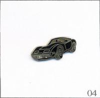 Pin's Automobile - Chevrolet / Modèle Corvette C3 (1967-82) - Version Noire. Estampillé © Mafco. EGF. T808-04 - Corvette