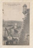 21B1666 BREST LE CHATEAU LE PONT LES BATIMENTS EN FER - Brest