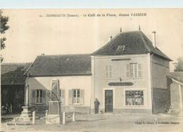 80  DOMMARTIN - Le Café De La Place Maison VASSEUR - Andere Gemeenten