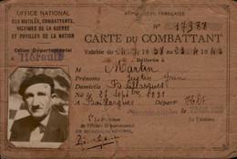 CARTE DE COMBATTANT..NOMINATIF AVEC PHOTO - Documents