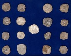 Spanische Kolonien - Sammlung Von 5 Stück 8 Reales Und 12 Stück 8 Reales Schiffsgeld (Cobs) 17. Jhd, Gefunden Auf Madaga - Unclassified