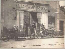 Frejus 1913 Le Bar Rendez-vous Des Coloniaux - Photo 8x11cm Collée Sur Carton - Cars