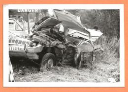 PHOTO ORIGINALE 1976 HOUDAN ( S & O ) - ACCIDENT DE VOITURE FORD TAUNUS - CRASH CAR - Cars