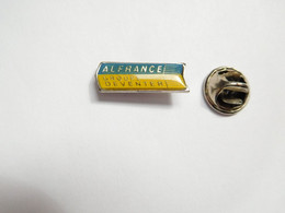 Beau Pin's Pins  , Alfrance Groupe Deventer , Espace ?? - Spazio