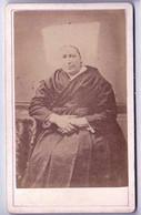 Portrait D'un Femme, à Identifier - CARTE CDV Tirage Aluminé 19ème - Taille 63 X 104 - Old (before 1900)