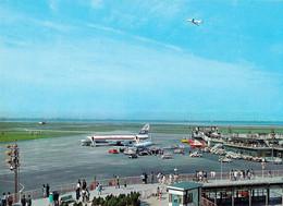 AVIATION CIVILE - TOKYO : AÉROPORT INTERNATIONAL AIRPORT - AVION QUADRIMOTEUR / JAPAN AIR LINES ~ 1970 (ah427) - 1946-....: Ere Moderne