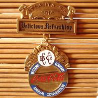 Joli Pin's Coca-Cola Convention (Rare), émail Grand Feu, TBQ, Pins Pin. - Coca-Cola