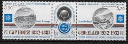 TAAF  N° 77a  * *  ( Cote 5.40e ) Satellite Spoutnik I    Année Polaire - Anno Geofisico Internazionale