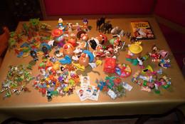 Lot +170 Figurines Diverses+ Accessoires Kinder, Patate, Animaux, Indiens, Cow-boys , Dysney Et Autres + DVD Snoopy. - Lotti