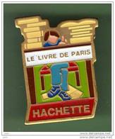 LE LIVRE DE PARIS HACHETTE *** N°1 *** 2109 - Mass Media