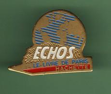 LE LIVRE DE PARIS HACHETTE *** ECHOS *** 2109 - Mass Media