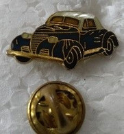 Pin's - Automobiles - Voiture - (à Identifier) - - Non Classés