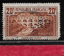 @  Perfin France  Perfore LNP 107  Indice 2 - Gezähnt (Perforiert/Gezähnt)