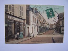 CREIL 11-5-10  Rue De La République Edition Des Comptoirs Français - Creil