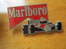 A0042 -- Pin's Marlboro F1 - Automovilismo - F1
