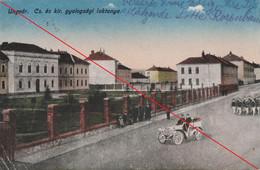 Ansichtskarte Ukraine Ungvar Uzhhorod Cs Es Kir Gyalogsagi Laktanya Farbig 1920 - Ukraine
