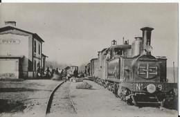 Photo - Gare De Saint Cyr Sur Morin  - Ligne Laferté Sous Jouarre Montmirail - Locomotive En Gros Plan - Trains