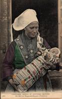 N°84321 -cpa Costumes Moeurs Bretons -Plougastel Daoulas- - Costumi