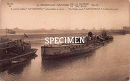 Le Navire Anglais Arthemisia Emboutaillant Le Canal - Zeebrugge - Zeebrugge