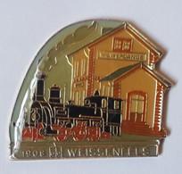 QQ34 Pin's Numéroté Train SNCF TGV Vapeur 1908 Weißenfels Weissenfels Gare Wilwerdange Troisvierges Luxembourg - TGV