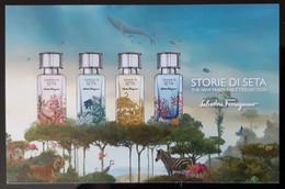 Salvatore Ferragamo Storie Di Seta Parfum Carte Size Carte Postale - Modern (from 1961)