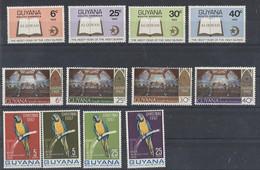 Guyana Lot Aus 1967 - 1969 ** - U.a. Vögel- Postfrisch - Guiana (1966-...)