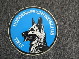 Sticker Autocollant Hondenafrichtingsclub Tielt Dog Chien - Stickers
