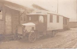 CARTE PHOTO ,CLICHE BLOT SAULT LES RETHELS CAMION CARROSSE ,POSSIBLE CAMION MILITAIRE !!!! REF 71517 - Trucks, Vans &  Lorries
