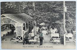 C. P. A. : 92 VILLE D'AVRAY : Restaurant Des Hirondelles, Vue Plongeante, Animé - Ville D'Avray