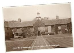 Vintage Postcard 1900's The Quadrangle, Sackville College, East Grinstead Unused. See Description AA - Altri
